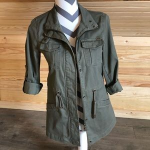 Women's army green utility jacket!